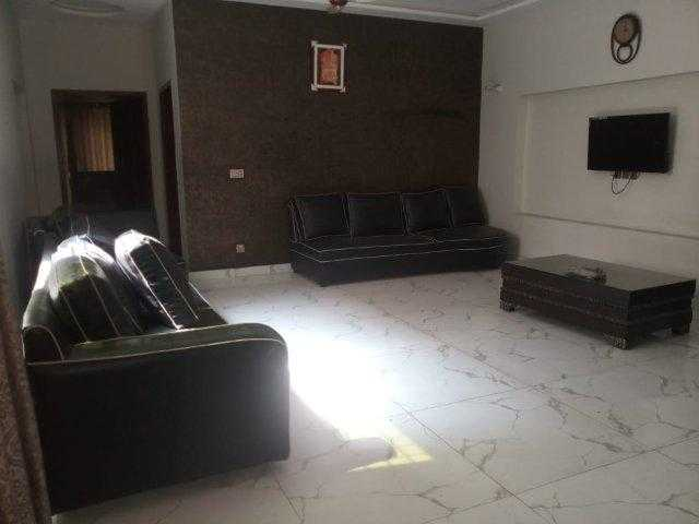 1 Kanal Furnished HOUSE AVAILABLE FOR In DHA PHASE 8 PARK VIEW