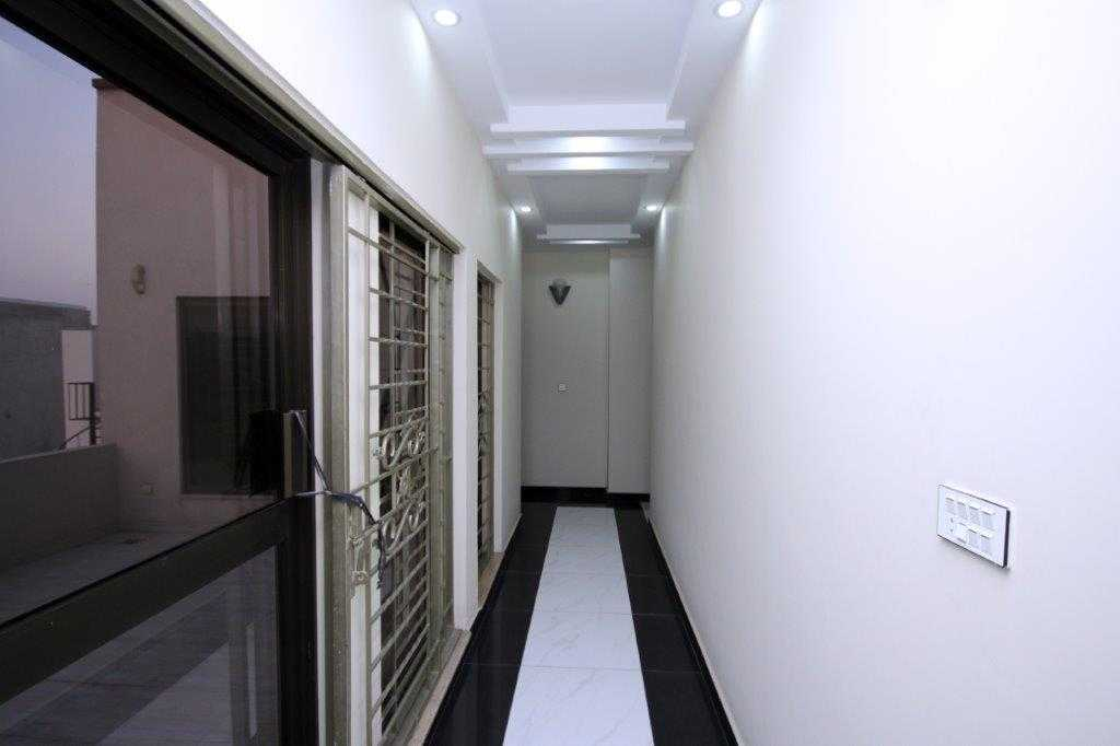 10 Marla Full Basement Bungalow Air Avenue DHA Lahore