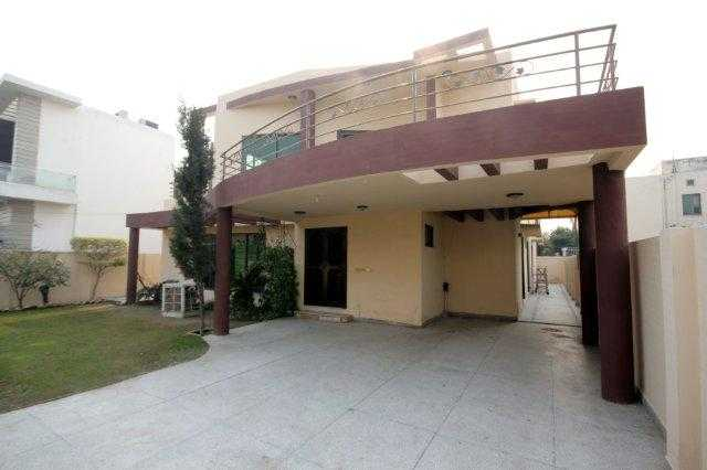 1 kanal Full House for Rent in Phase 4 DHA