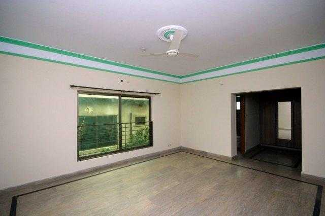 Chohan Offer 1 Kanal Upper Portion for Rent in Phase 2
