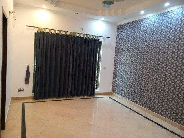 1 Kanal Upper Portion Semi Furnished for Rent in Phase 5