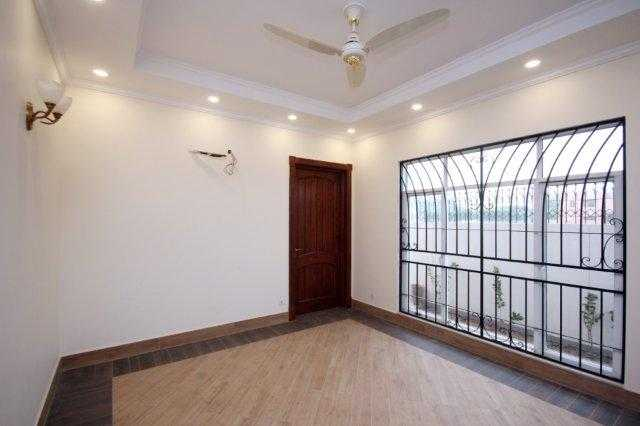 1 kanal Brand New Bunglow for Rent In Phase 5 DHA