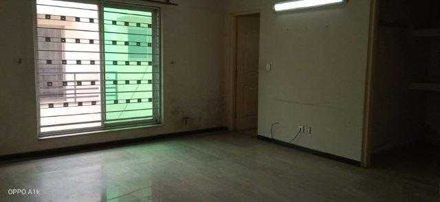 Chohan Offer 1 Kanal Upper Portion for Rent in Phase 6