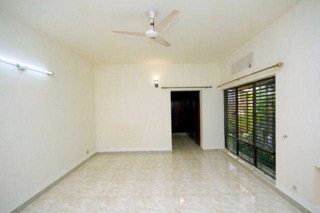 Chohan Offer 2 Kanal Lower Portion for Rent in Phase 1