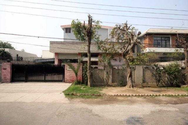 CHOHAN OFFER 1 Kanal house for rent in cant serwar road