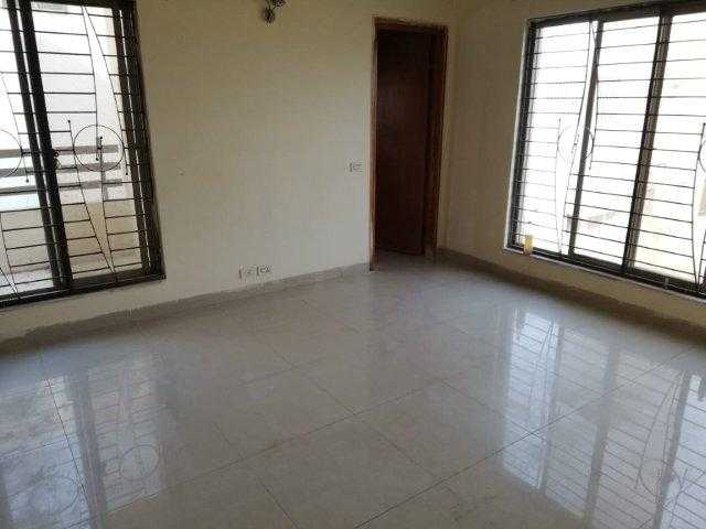 Chohan Offer 10 Marla Full House for Rent in Phase 5