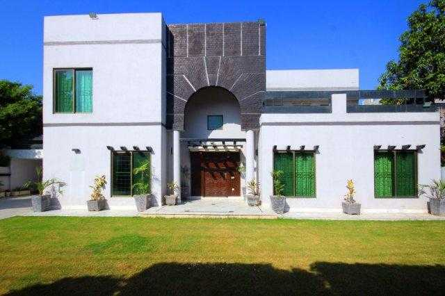 2 Kanal Beautiful House