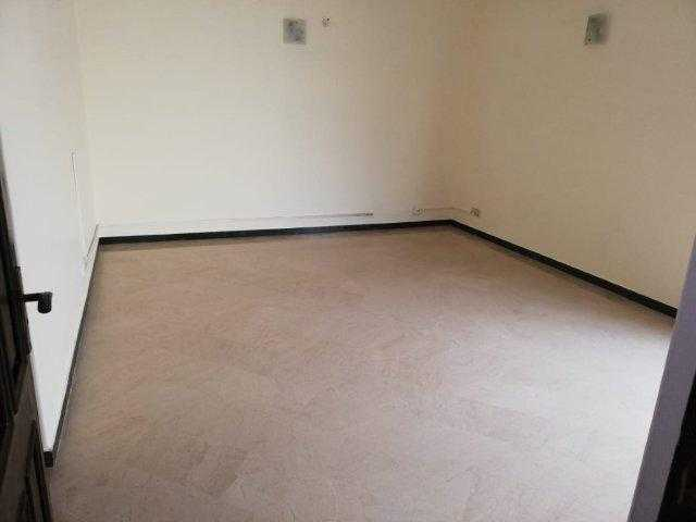 Chohan Offer 1 Kanal Upper Portion for Rent in Phase 4