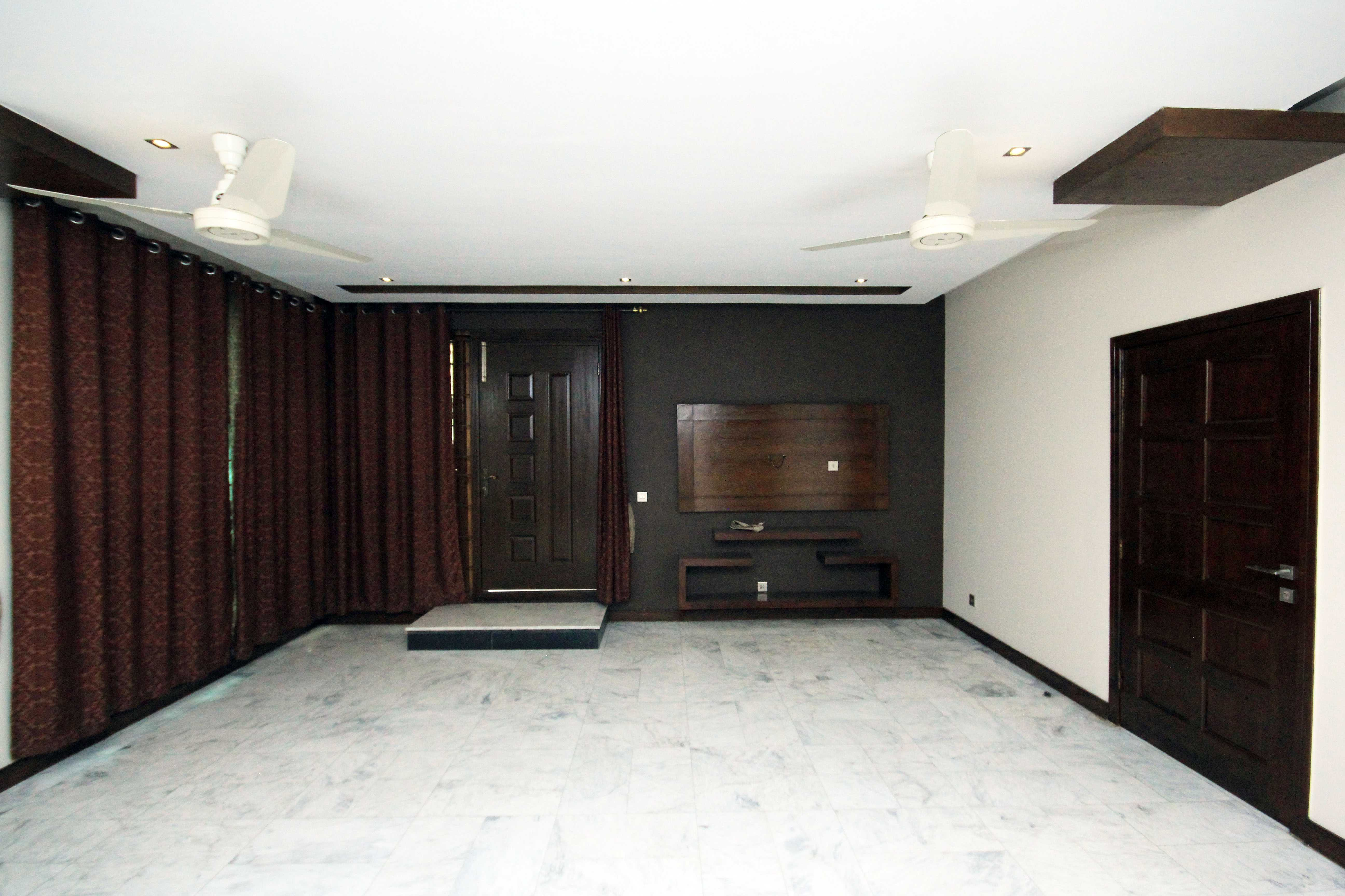 1 kanal Lower Portion for Rent in Phase 5 DHA