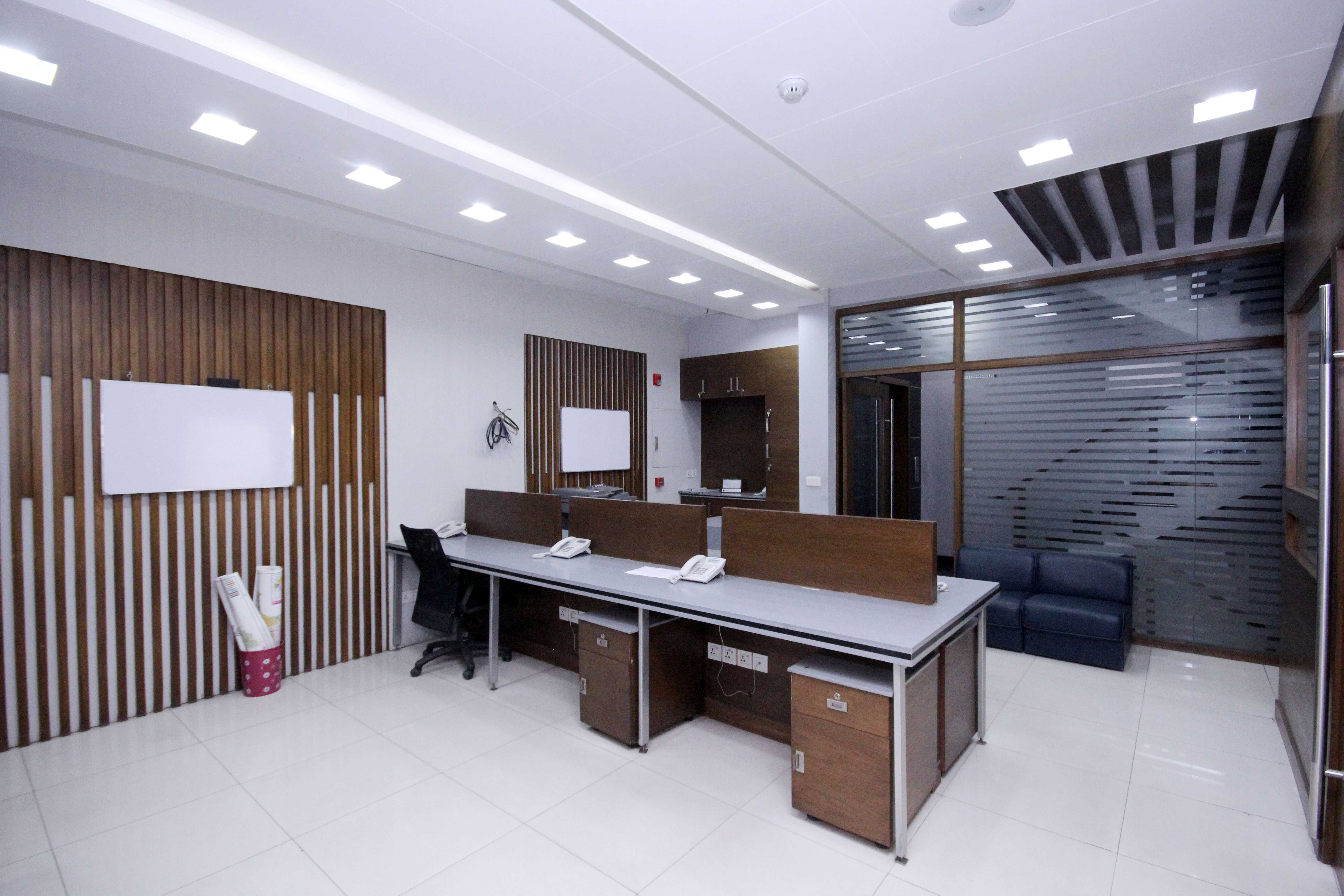 FURNISHED OFFICE FOR RENT IS AVAILABLE IN Main Boulevard DHA Phase 6  LAHORE