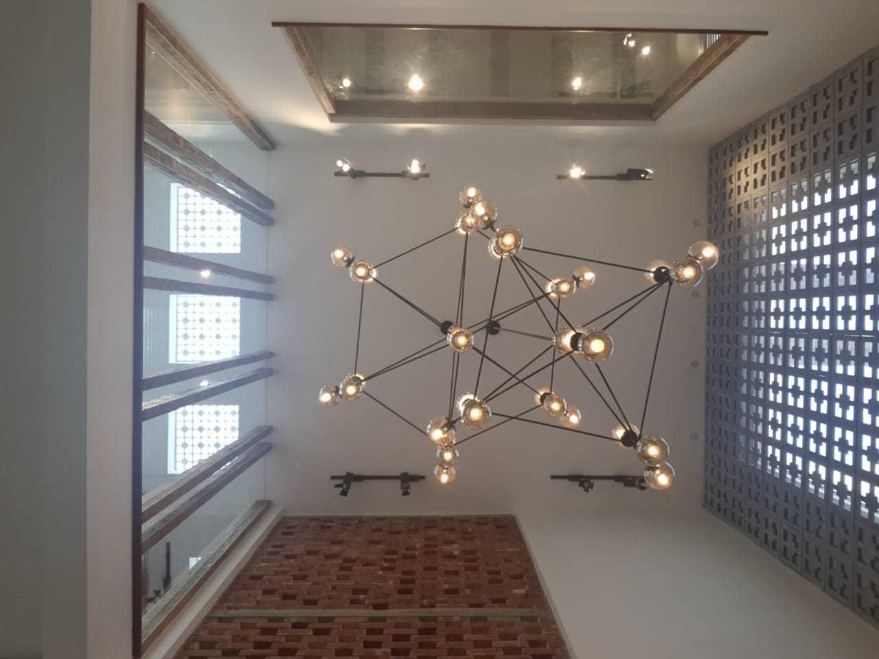 Kanal contemporary bungalow sui gas