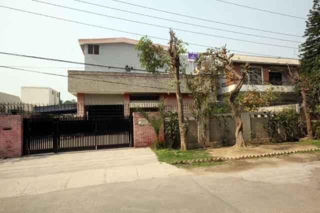 CHOHAN OFFER 1 Kanal house for rent in cantt serwar road