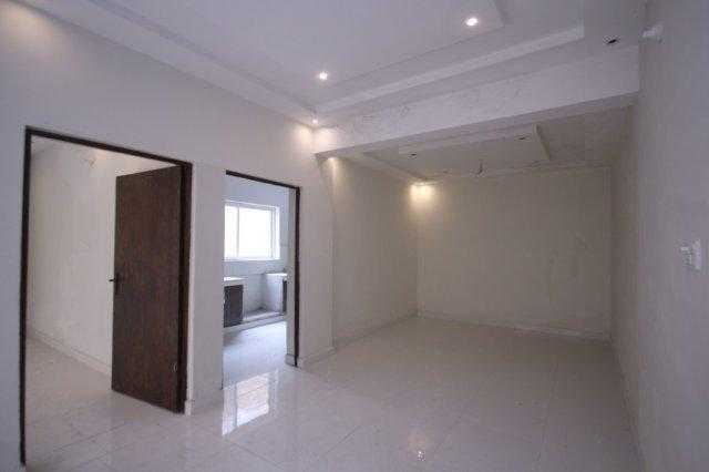 10 Marla Renovated House available For Rent