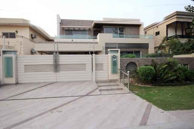 1 kanal Beautiful for Rent in Phase III DHA