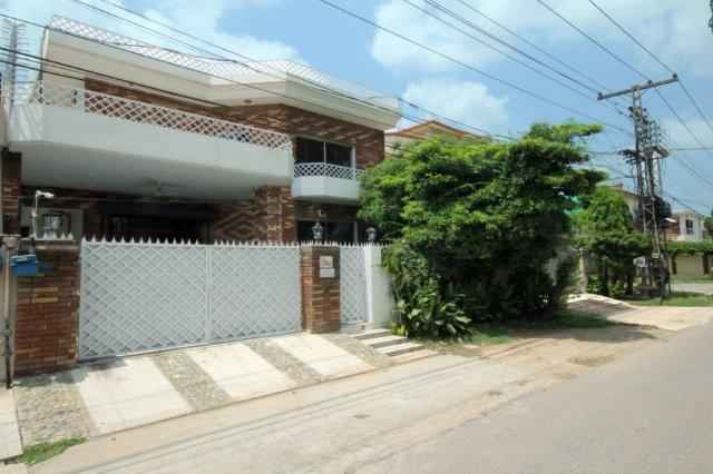 10 Marla Full House for Rent in Phase 2