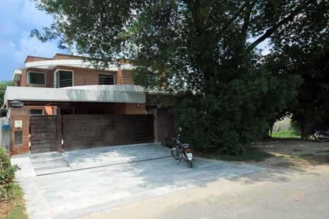 1 Kanal Beautiful House for Rent in Phase 5 DHA