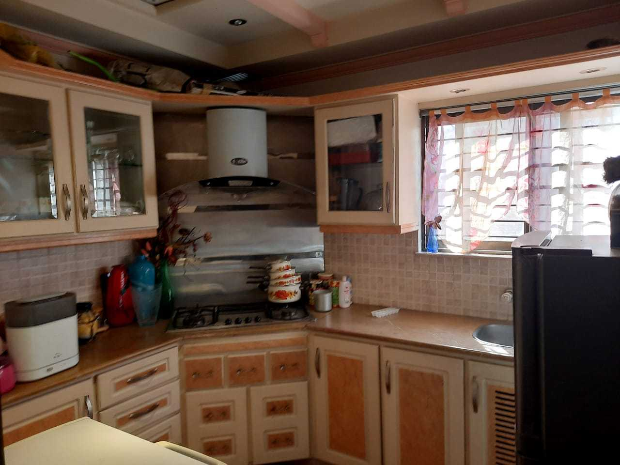 Kanal Self Constructed Well Maintained Bungalow DHA
