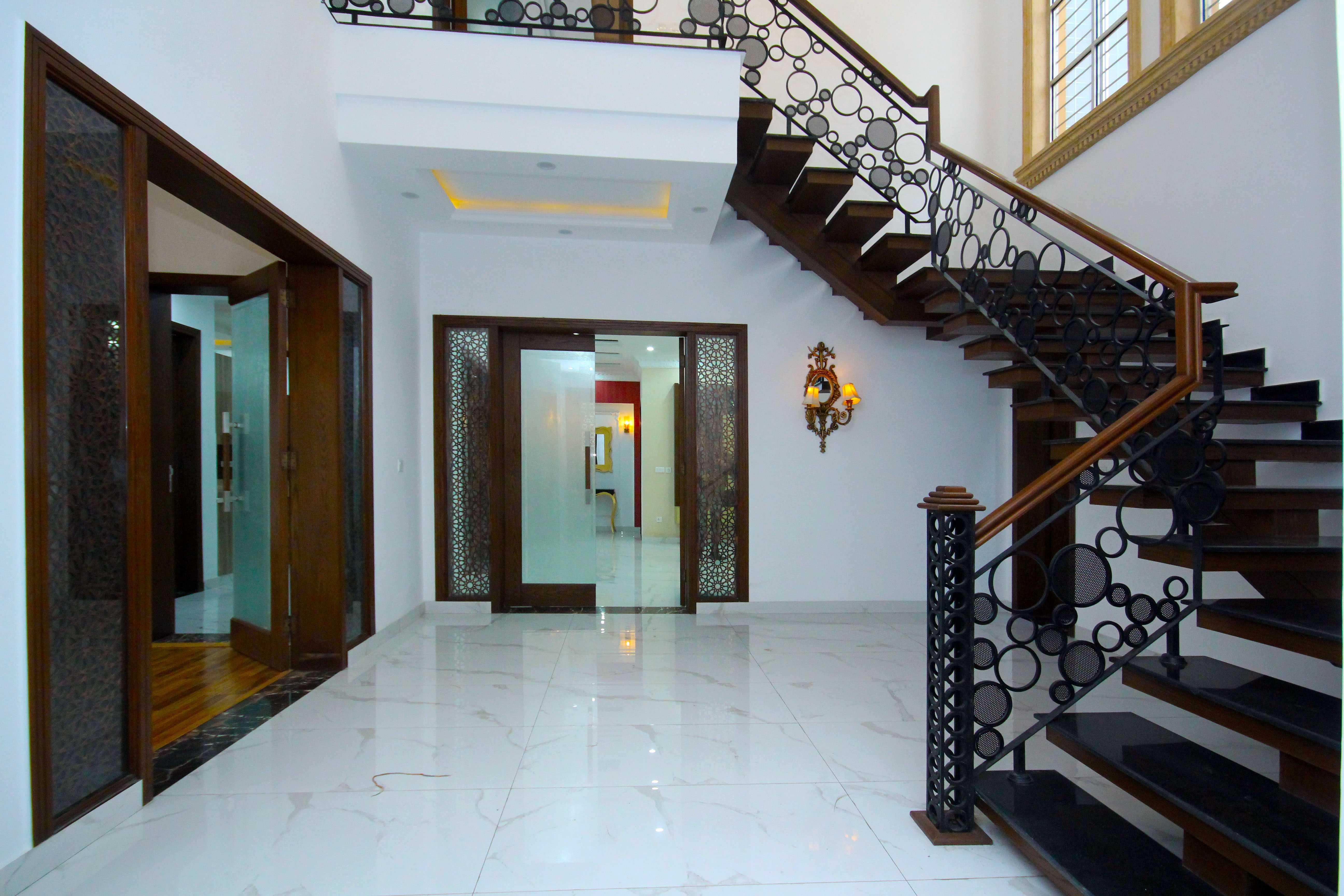 01 Kanal Brand New Luxurious Designer Home DHA