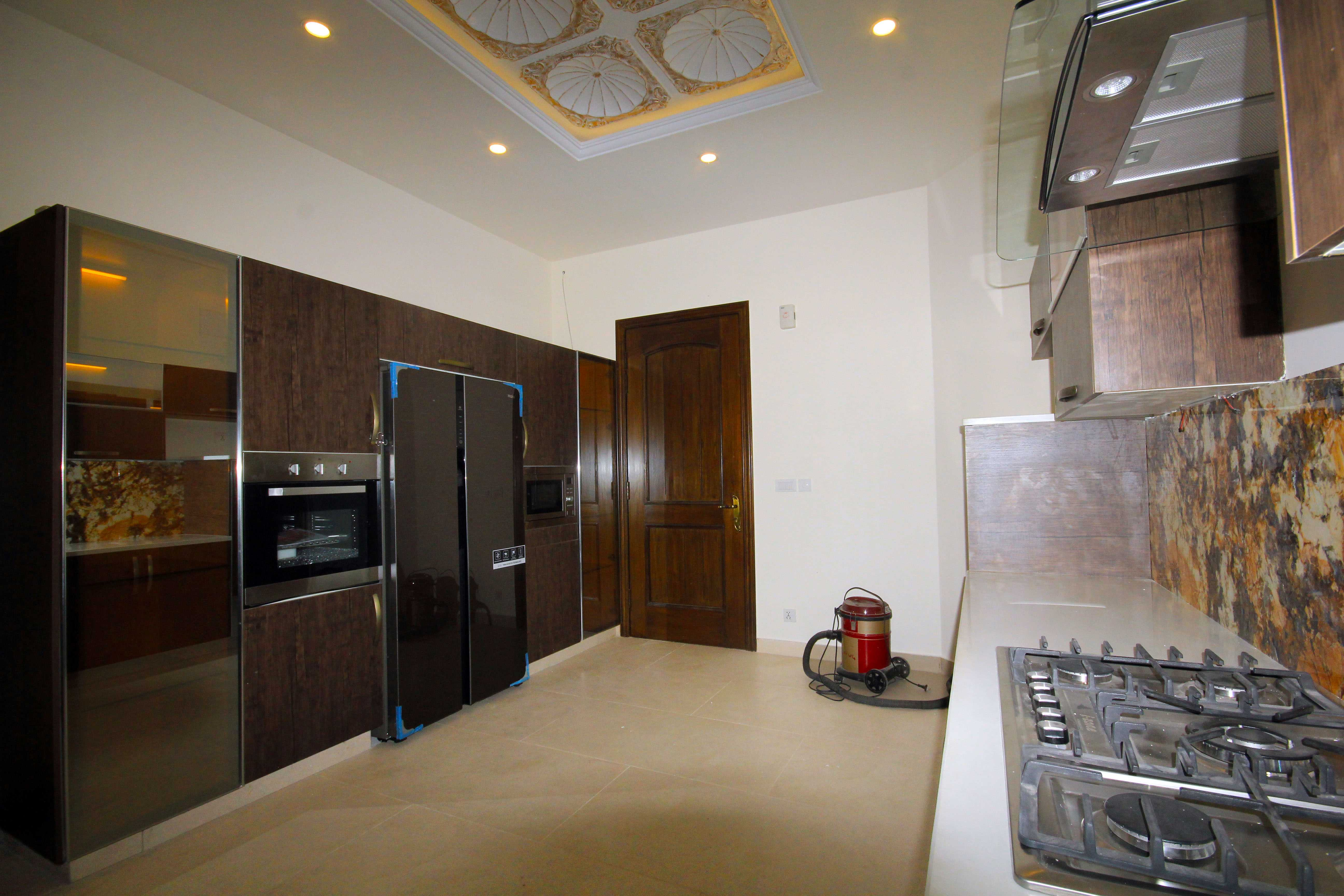 kanal-brand-new-marvelous-bungalow-dha