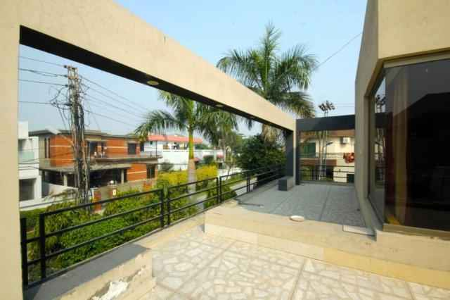 1 Kanal Upper for Rent in Phase 2 Separate gate