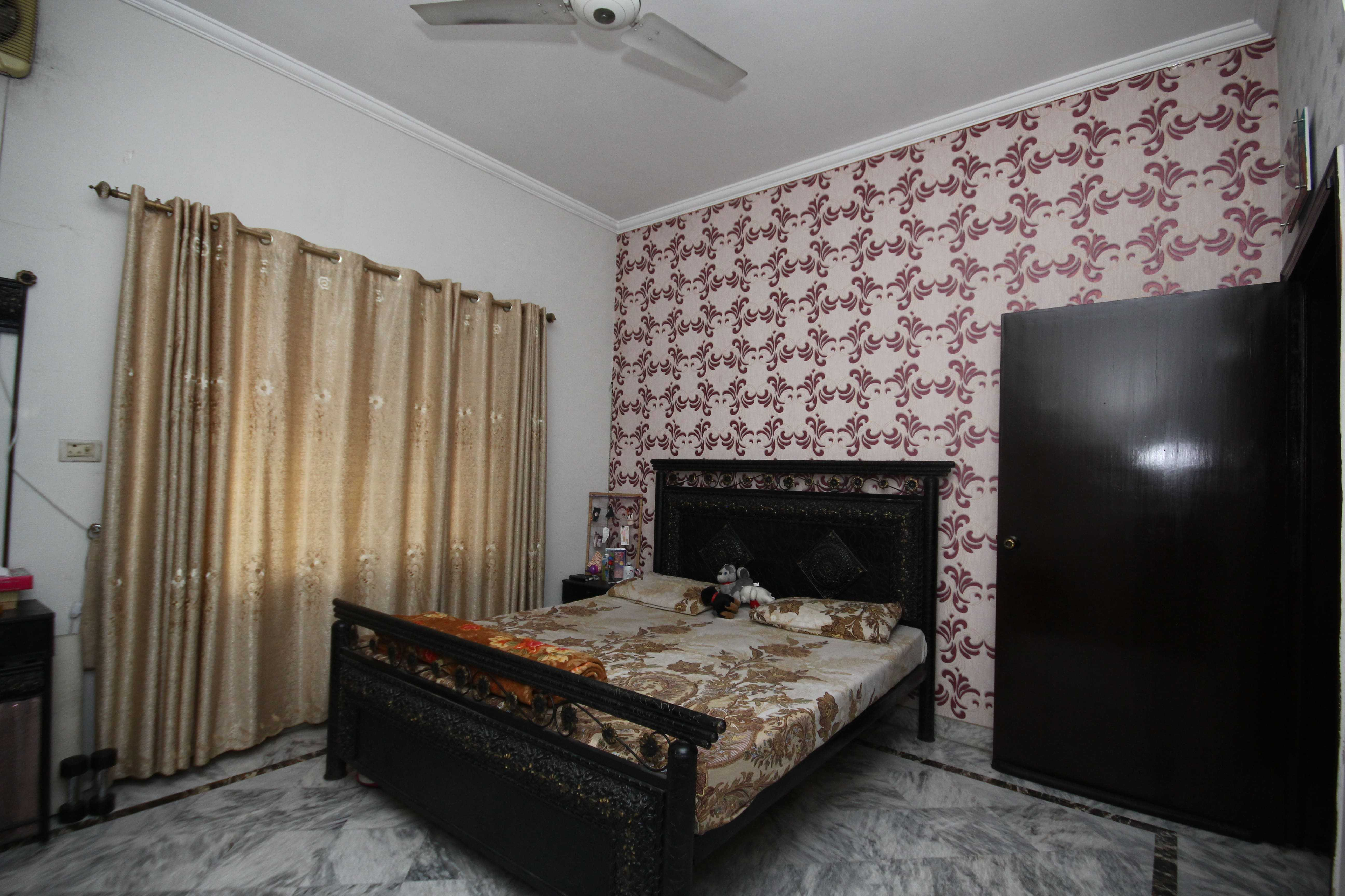 10 Marla Self constructed Bungalow DHA Lahore