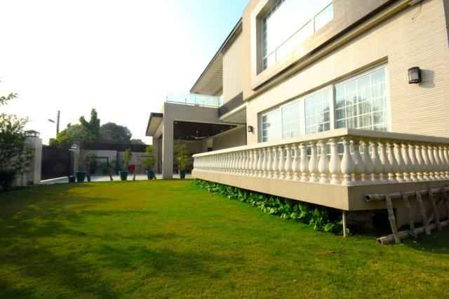 2 Kanal Marvelous Bungalow for Rent in IZMIR Town