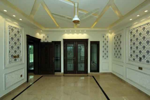 1 Kanal Upper Portion with Separate Gate for Rent in Phase 6
