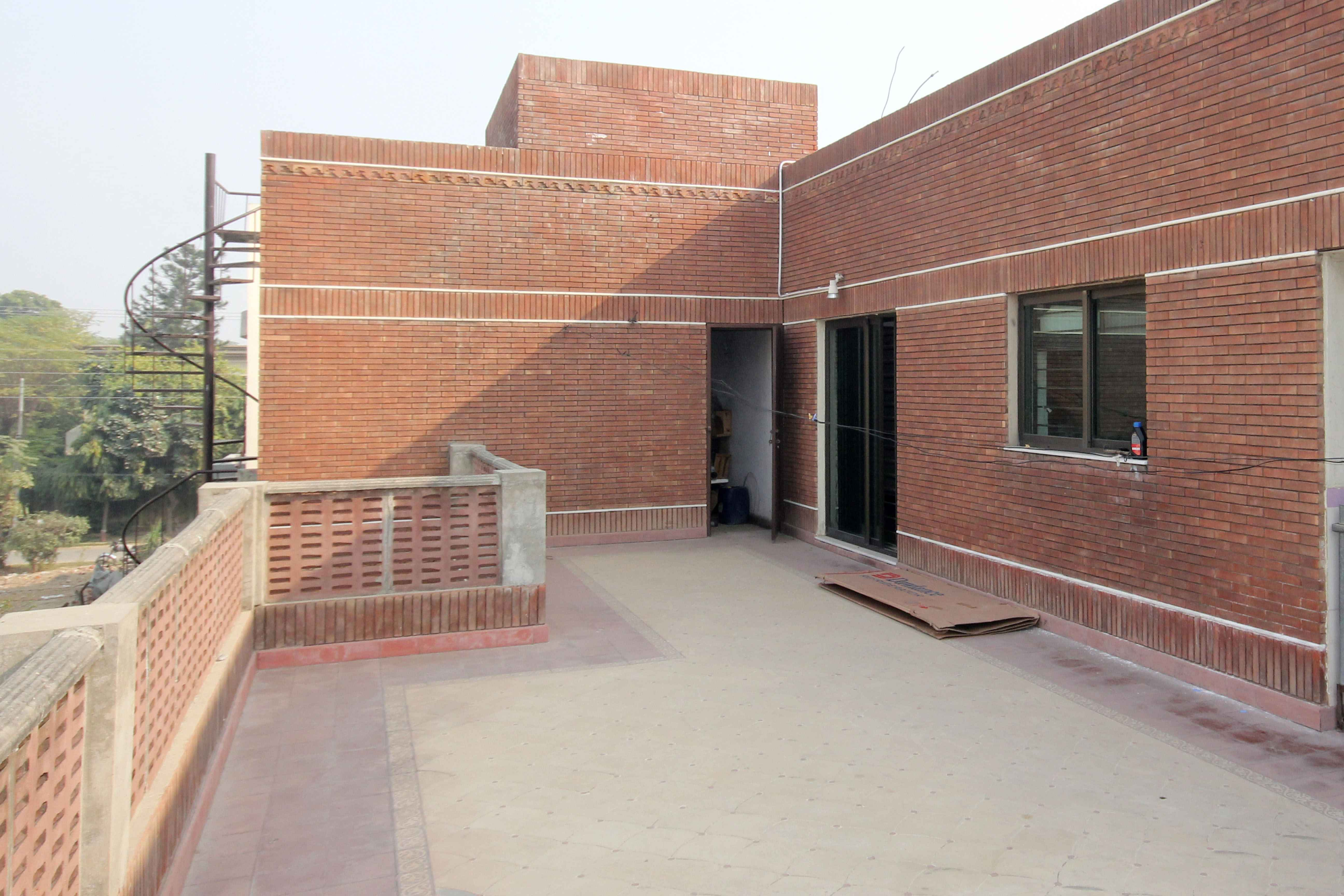 2 Kanal UPPER Portion for Rent in DHA Phase 1
