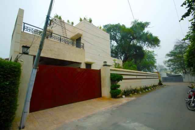 2 Kanal Brand New Separate Gate Upper Portion  Available For Rent In Cantt