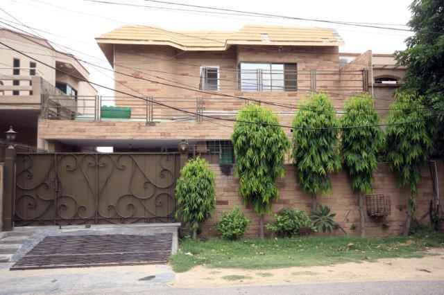 10 Marla Full House Double Unit for Rent in Phase 3